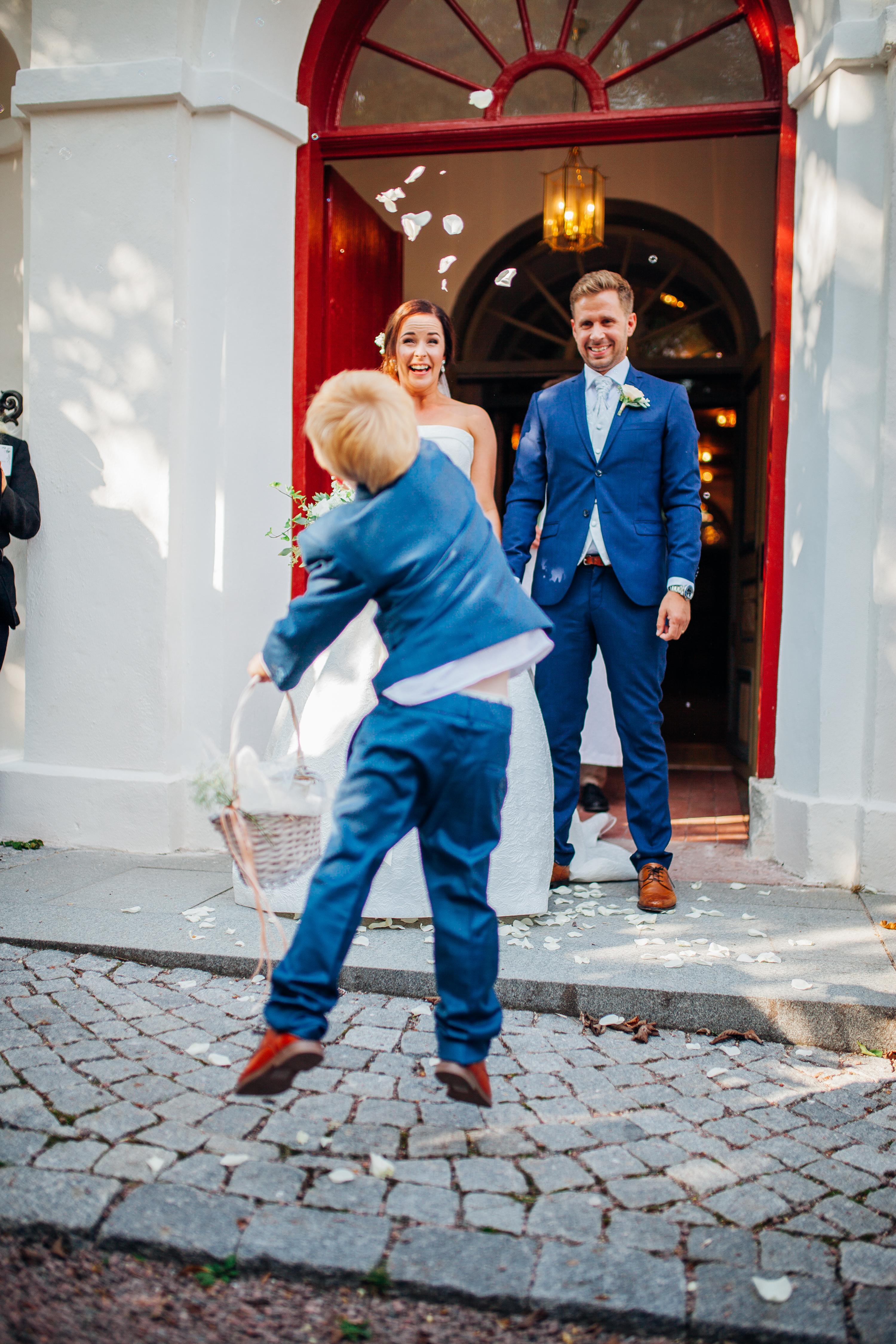 https://granslosabrollop.se/wp-content/uploads/2018/10/351-Christine-Hannes-Marstrand-Ulrika-Norman-Fotograf.jpg